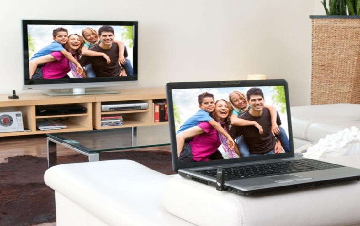Подключение ноутбука к телевизору через Wi-Fi-транслирование экрана на