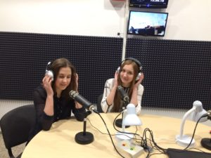 Интервью на радио – способ заработка.
