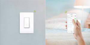 Управлять освещением можно и через телефон